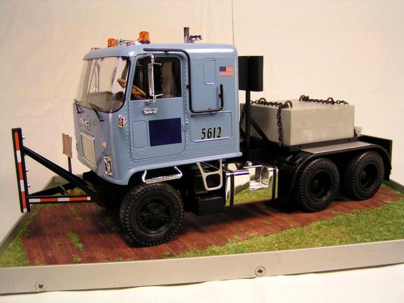 GMC Astro 95 von AMT 1.25 00310