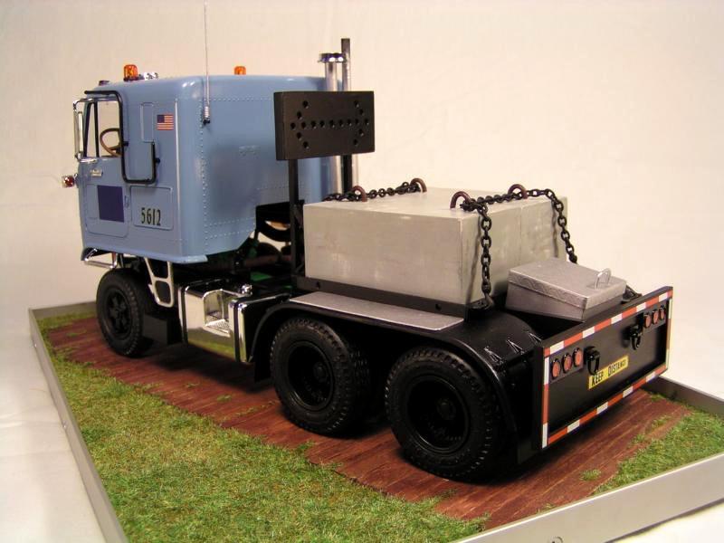 GMC Astro 95 von AMT 1.25 00410