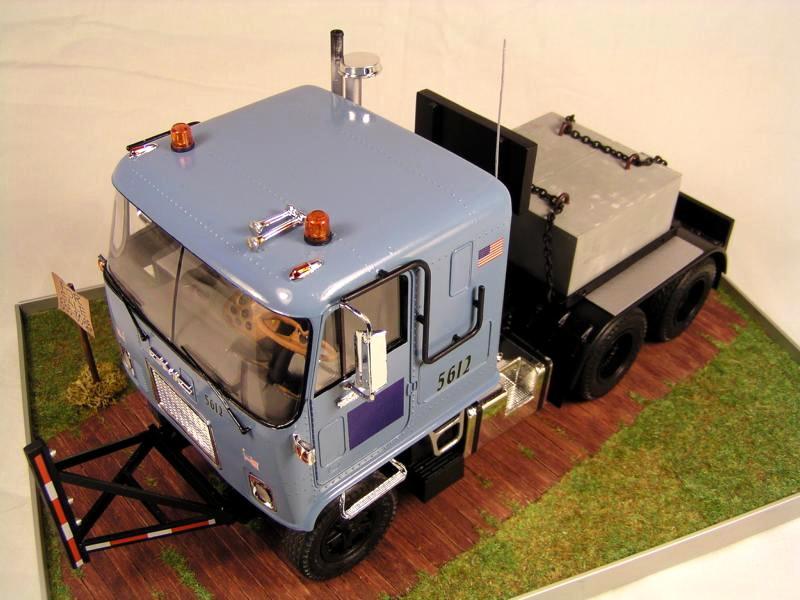 GMC Astro 95 von AMT 1.25 01210