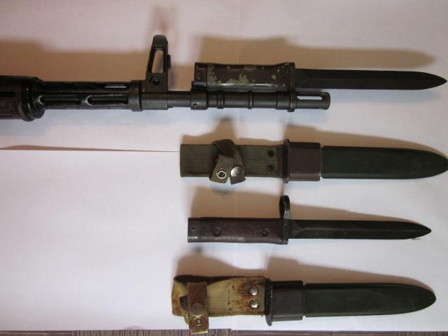 Quelques baïonnettes montées sur leurs armes Img_6616