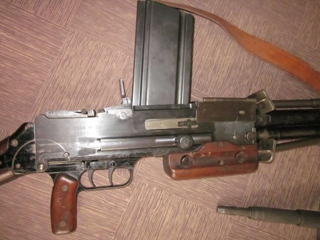 Le Fusil-Mitrailleur de Châtellerault Mle 1924 M29 et accesoires Img_6716