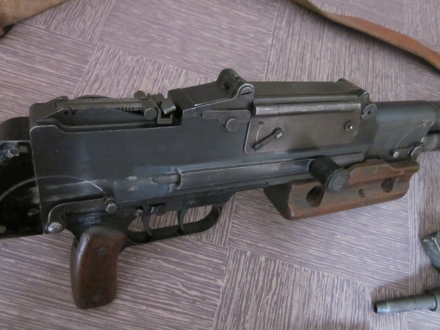 Le Fusil-Mitrailleur de Châtellerault Mle 1924 M29 et accesoires Img_6727