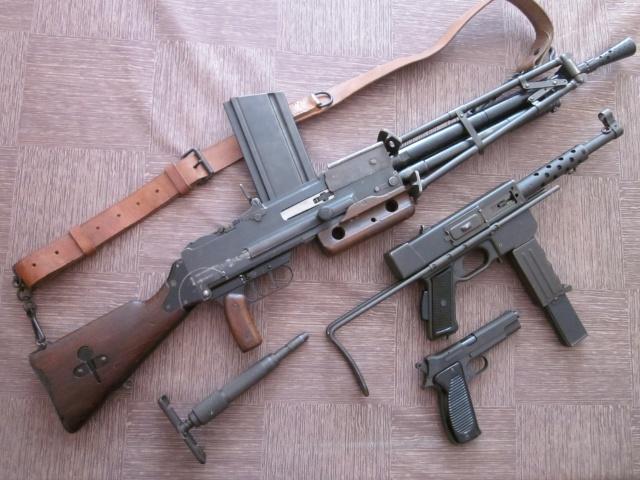 Le Fusil-Mitrailleur de Châtellerault Mle 1924 M29 et accesoires - Page 2 Img_6924