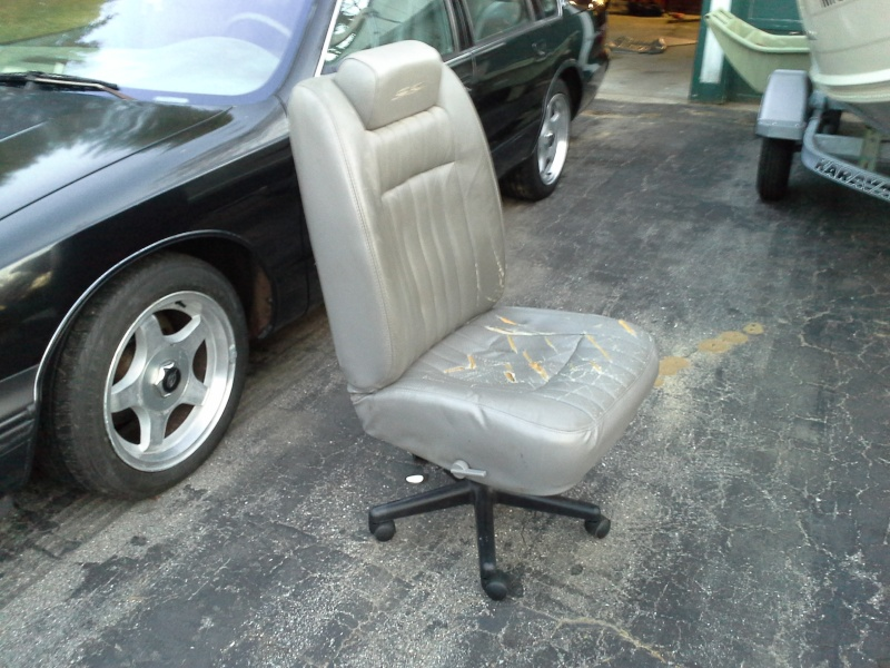Redneck office chair Ss_cha11