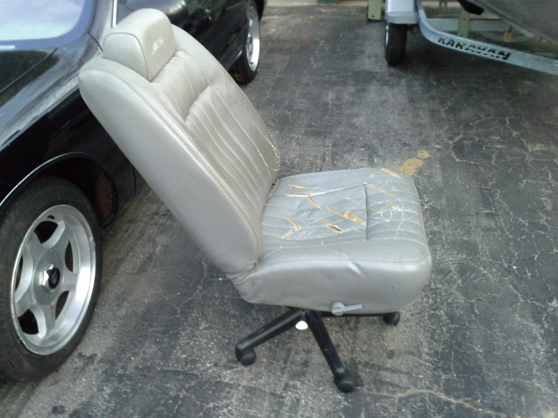 Redneck office chair Ss_cha12
