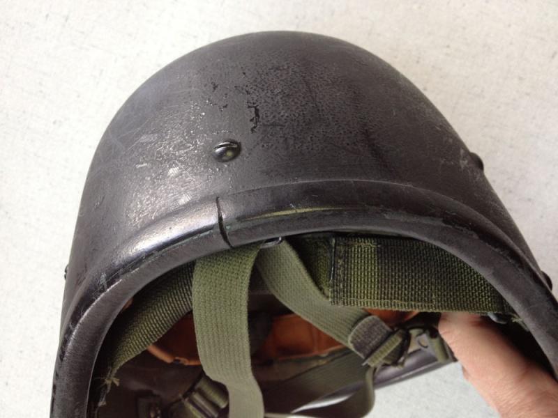 Le Barrday X90 casque expérimental canadien 312