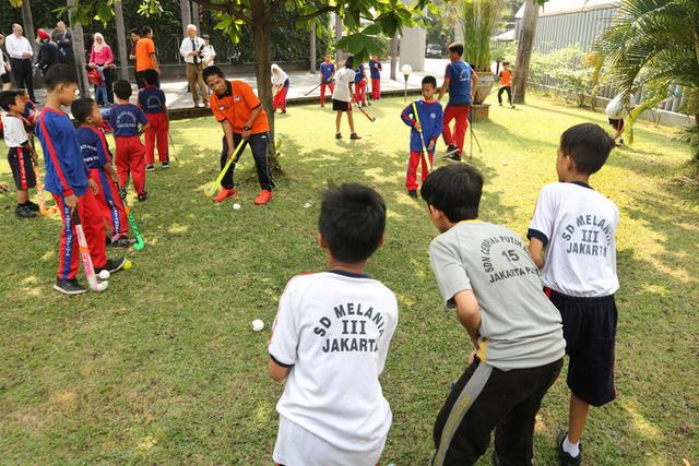 Hockey als exportmiddel, van Rotterdam-Zuid naar Jakarta 129