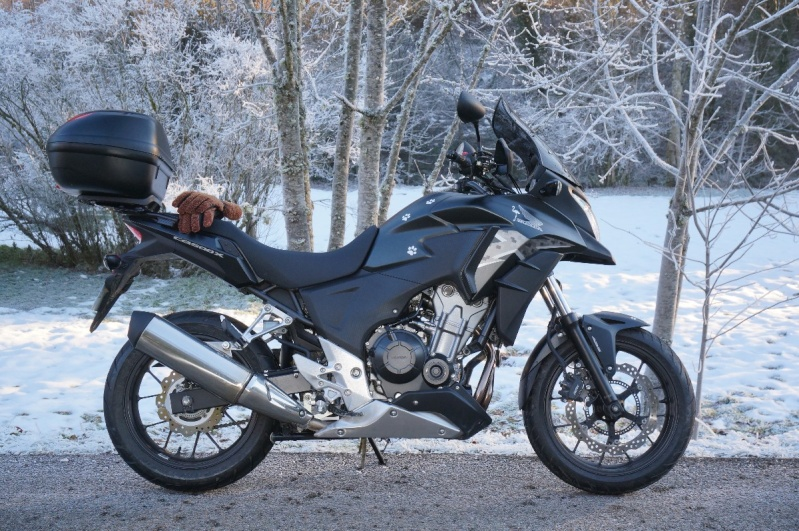 Motos à 48 CV .......? Dsc00218
