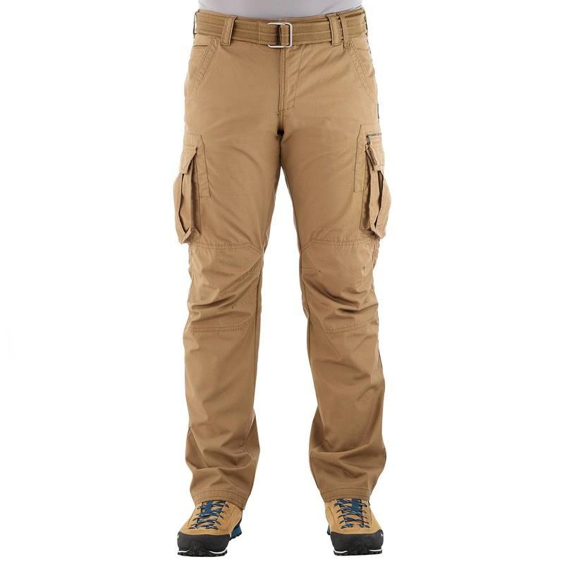 Vêtements et matériels visibles de L'Homme Gris Big_2411