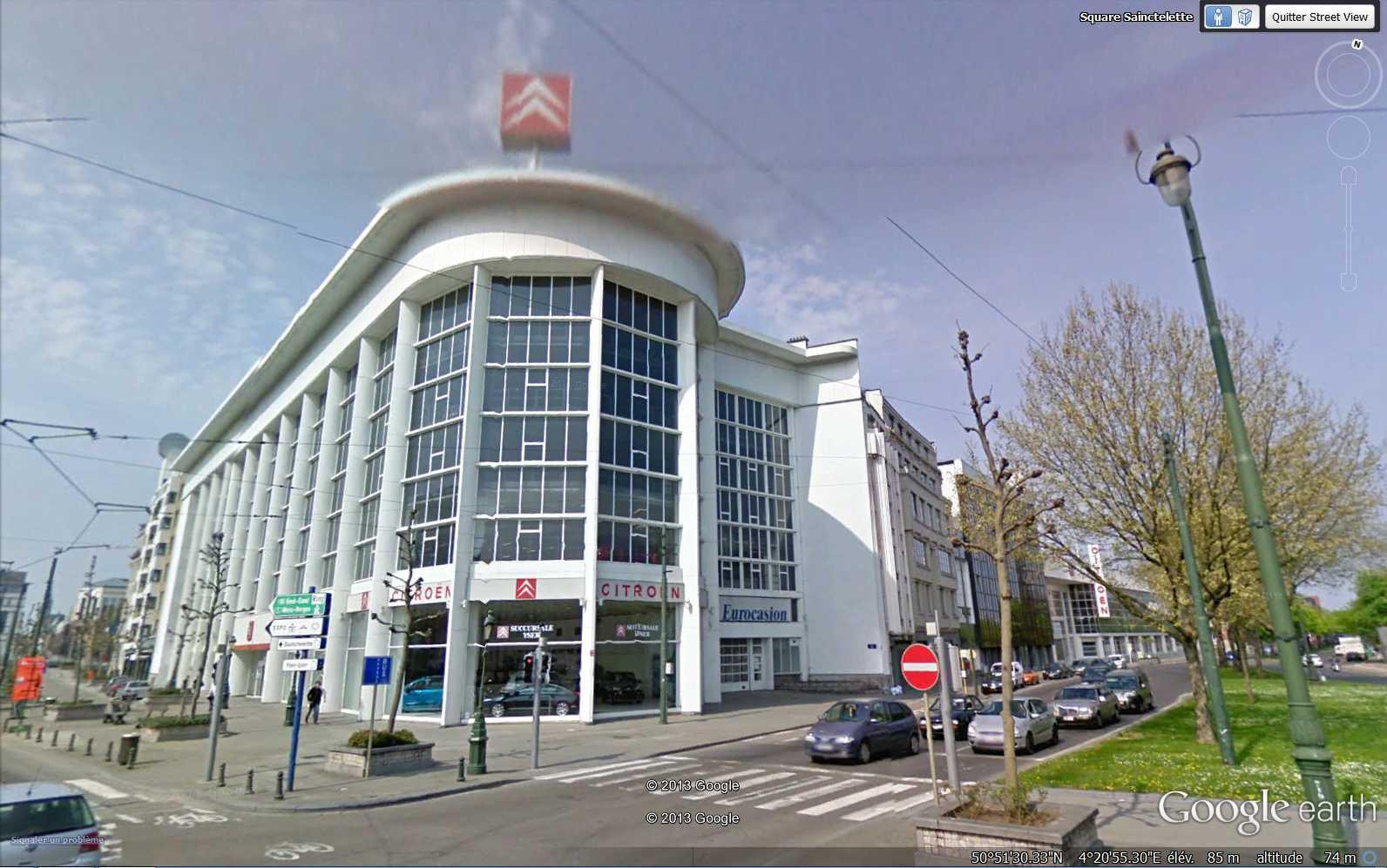"""Le garage Citroën de la rue de Marseille à LYON, """"plus grande station-service du monde"""" 2013-114"""