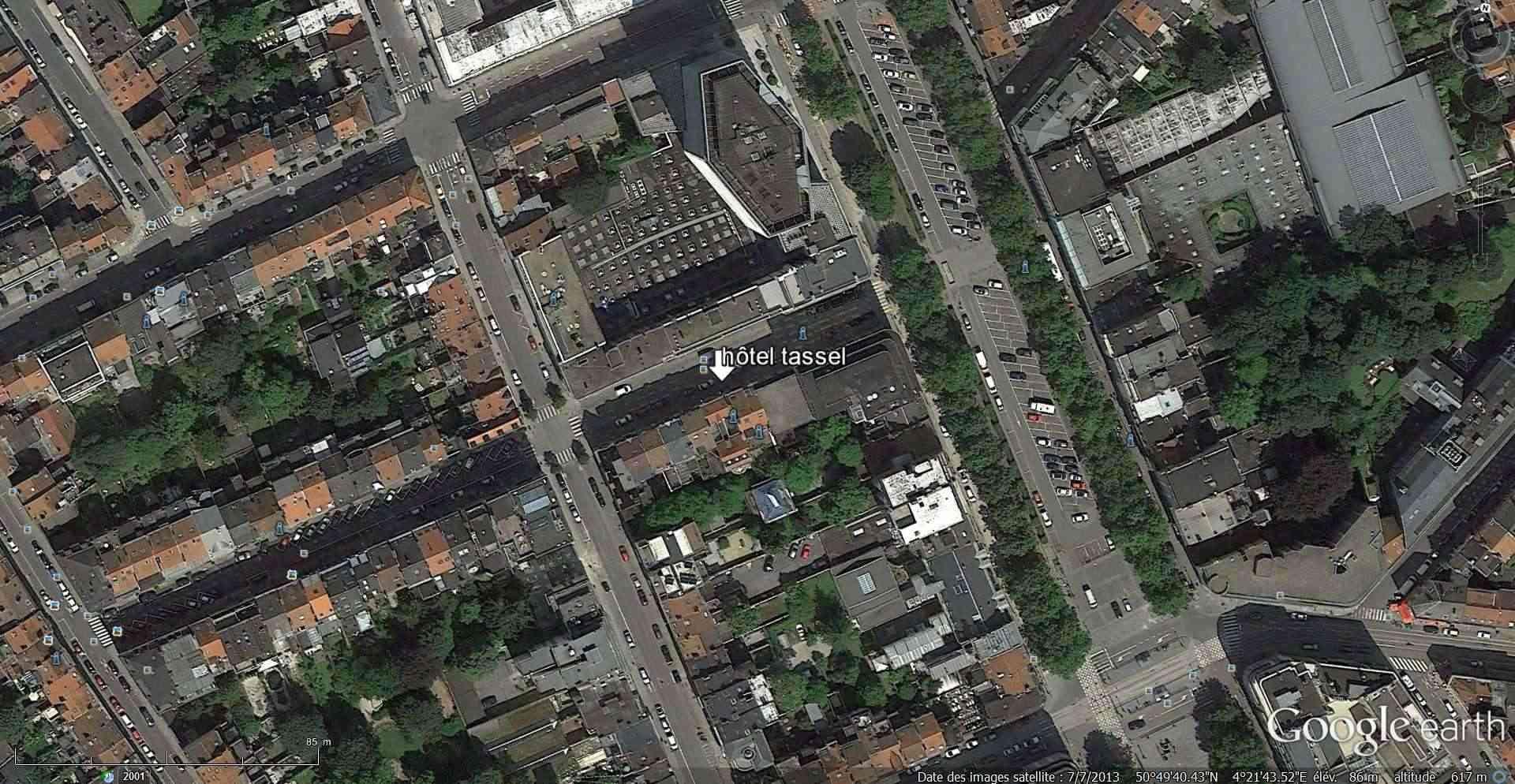 STREET VIEW : les maisons art nouveau  - Page 2 2013-141