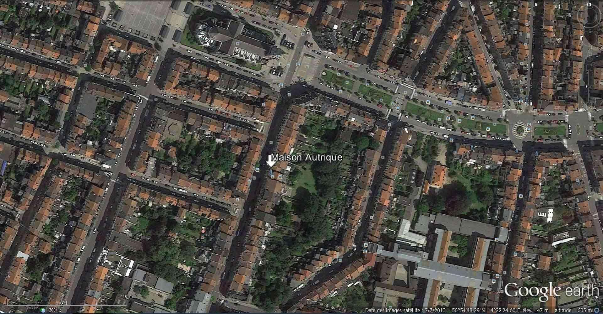 STREET VIEW : les maisons art nouveau  - Page 2 2013-146