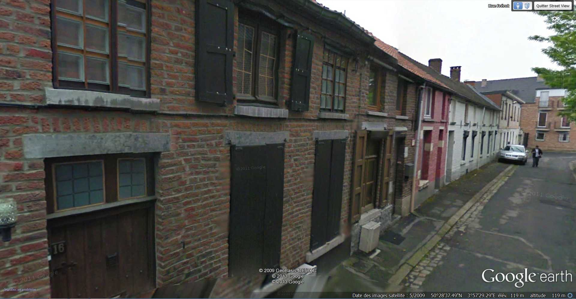 STREET VIEW : bâtiments insolites, hors normes, connus... - Page 4 2013-248