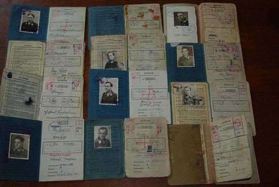 Vos livrets militaires allemands WWII (Soldbuch, Wehrpass..) / Heer-LW-KM-SS... Sb_00310