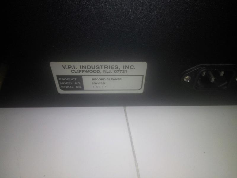 V.P.l. HW-16.5 record cleaner 14936511