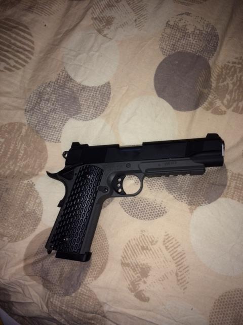 Mon futur bébé !! Colt1912