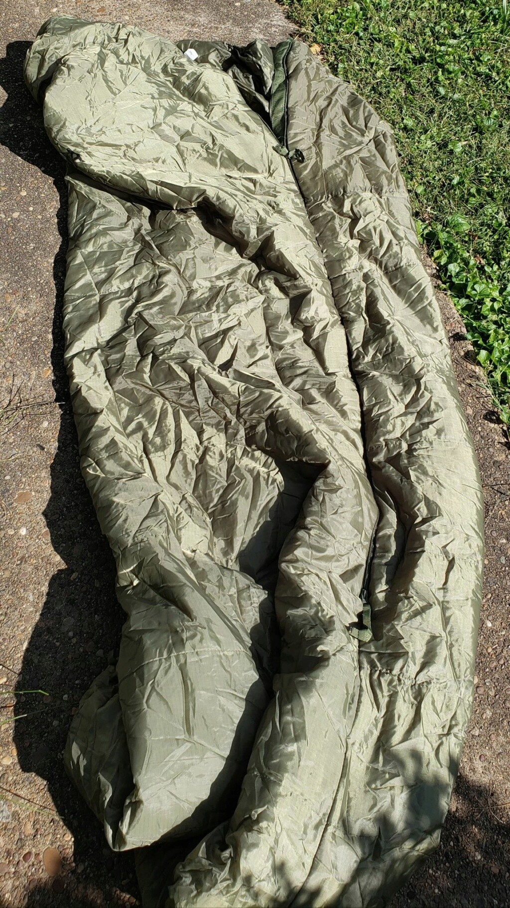 Afghan National Army Sleeping Bag and Stuff Sack Sleepi10