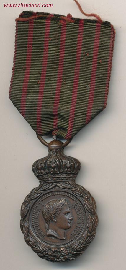 Les rubans de la médaille de Sainte Hélène. 01081210
