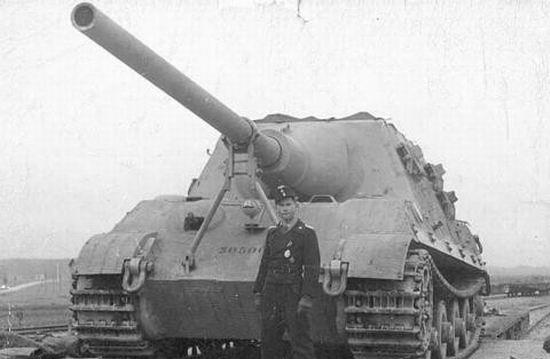 "Le JagdPanzer VI Ausf.B.Sd.Kfz.186 "" JagdTiger "" 16625210"