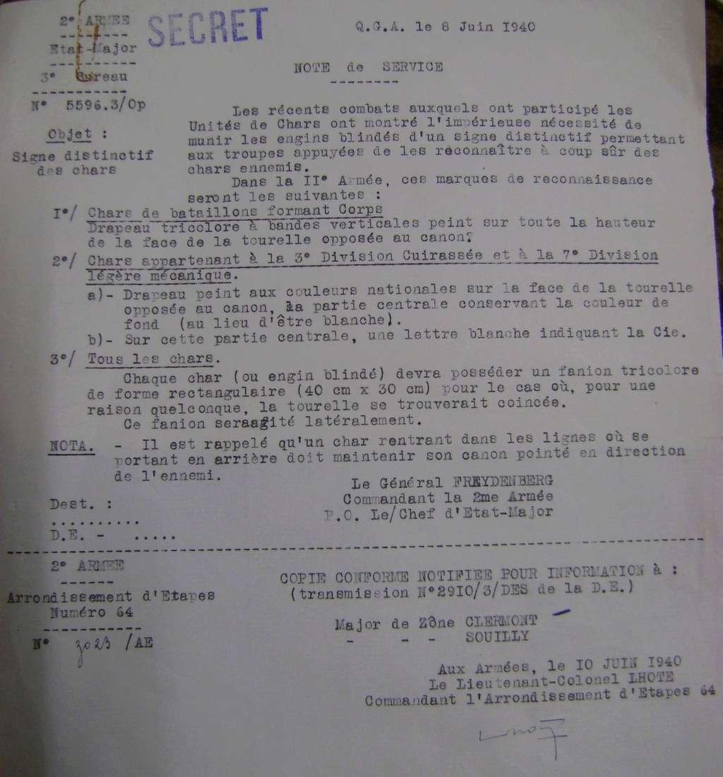 Signes distinctifs des chars français en juin 1940. Dsc01710