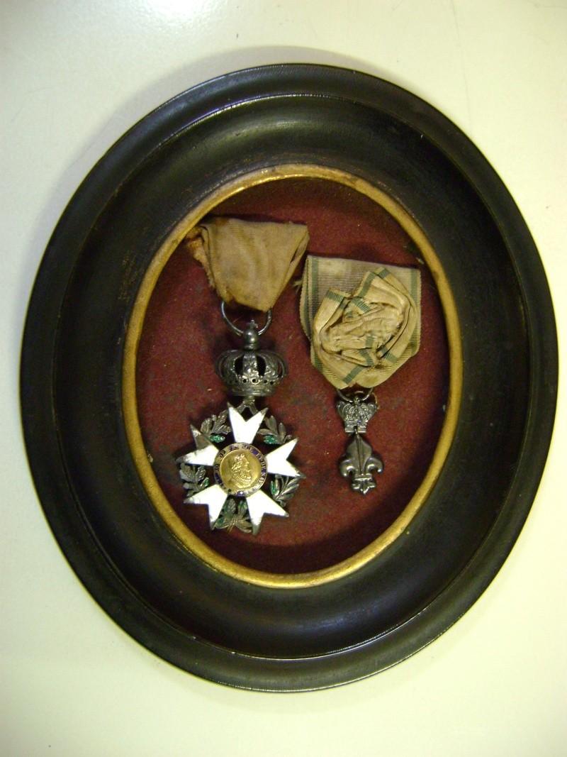 Légion d'Honneur et Ordre du Lys Restauration. Dsc02610
