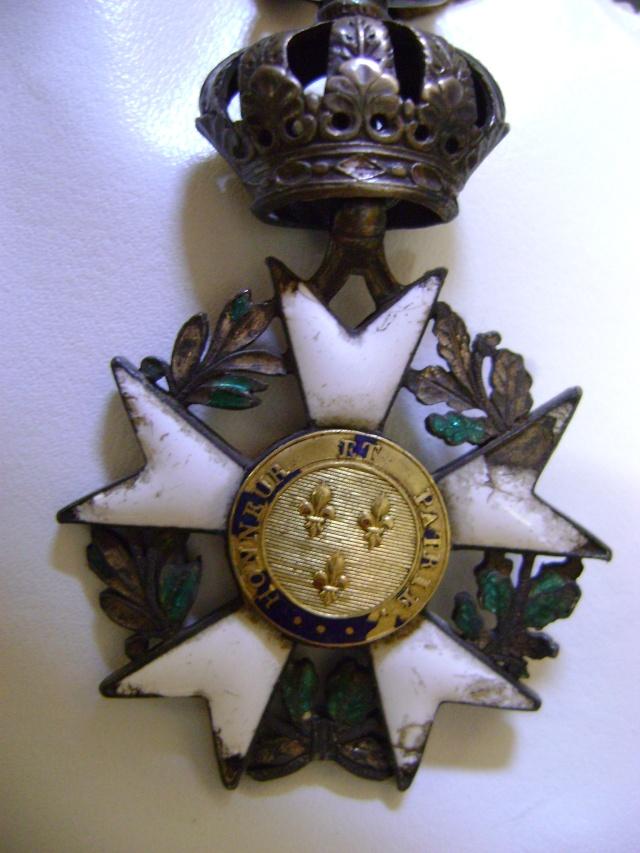 Légion d'Honneur et Ordre du Lys Restauration. Dsc02611