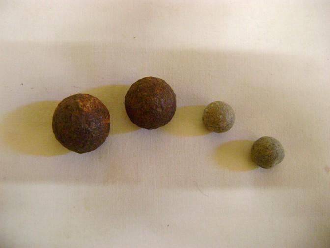 Balles et biscaïens de Saint Florent le Vieil, 1793. Dsc08264
