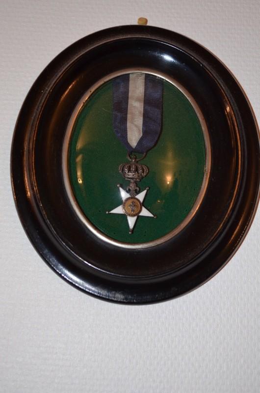 Légion d'Honneur et Ordre du Lys Restauration. Dsc_0011