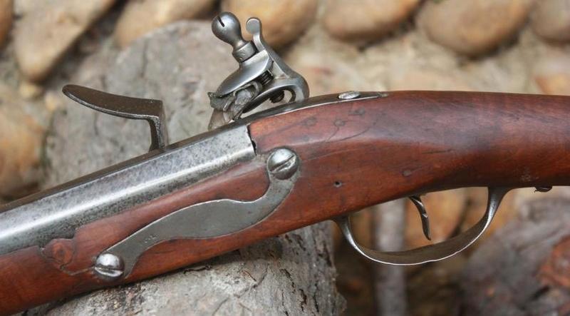 Fusil modèle 1746 (en fait 1717!) et comparaison des platines 1717 à 1754. Sans_109