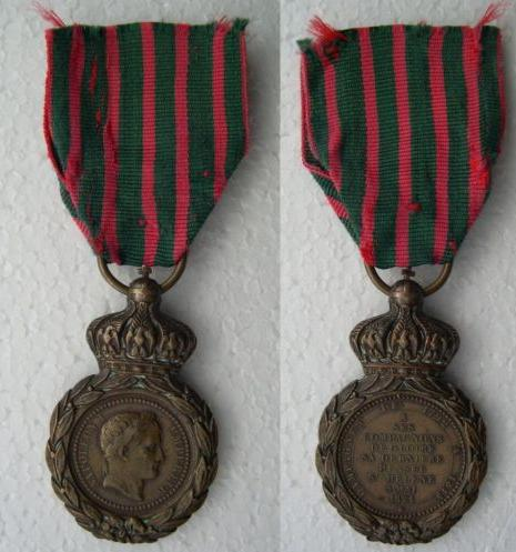 Les rubans de la médaille de Sainte Hélène. Sans_t30