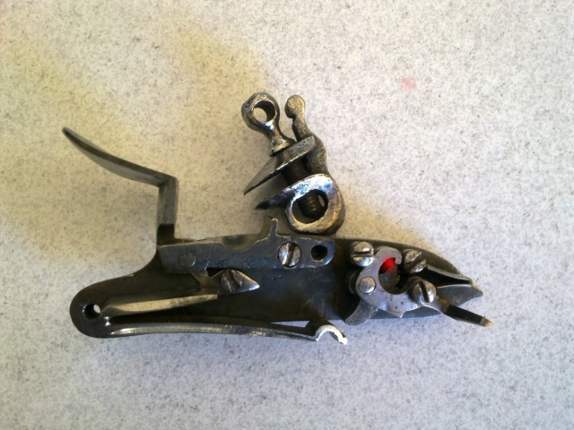 problème avec grand ressort de la platine à silex d'un pistolet CASSAIGNARD  T89oj911
