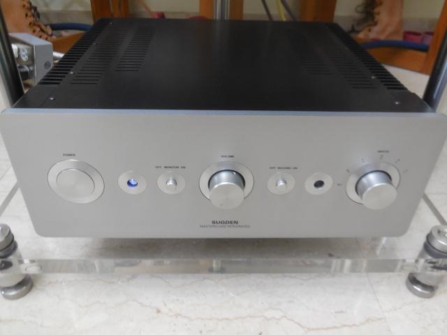 Sugden Masterclass IA-4 int amp (used) Mbl_0112