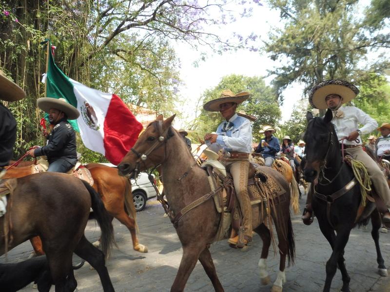 Semaine Sainte à Teotihuacán Mexico P1110014