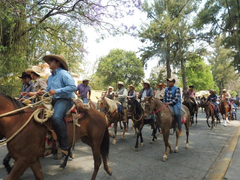 Semaine Sainte à Teotihuacán Mexico P1110015