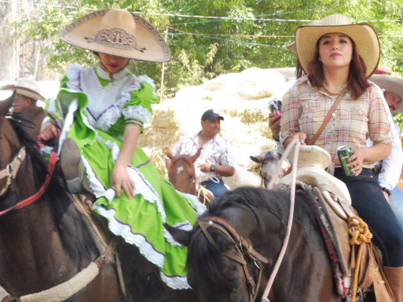 Semaine Sainte à Teotihuacán Mexico P1110018