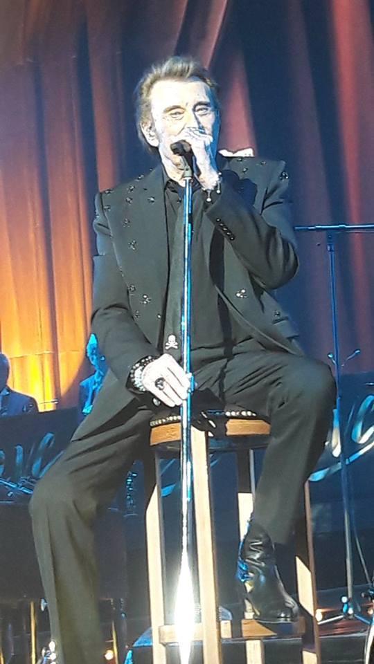 Johnny :17 dates uniques pour assister au show des Vieilles Canailles  19399810