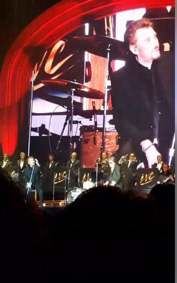 Johnny :17 dates uniques pour assister au show des Vieilles Canailles  Captur79