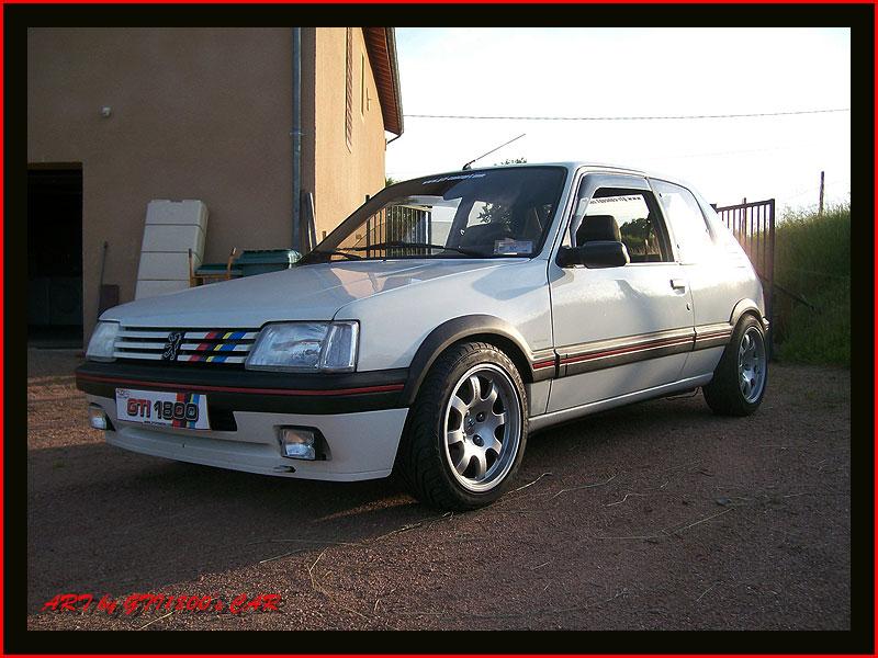 [GTI1800] 205 GTI 1L9 Blanc Meije AM88  - Page 3 100_4013