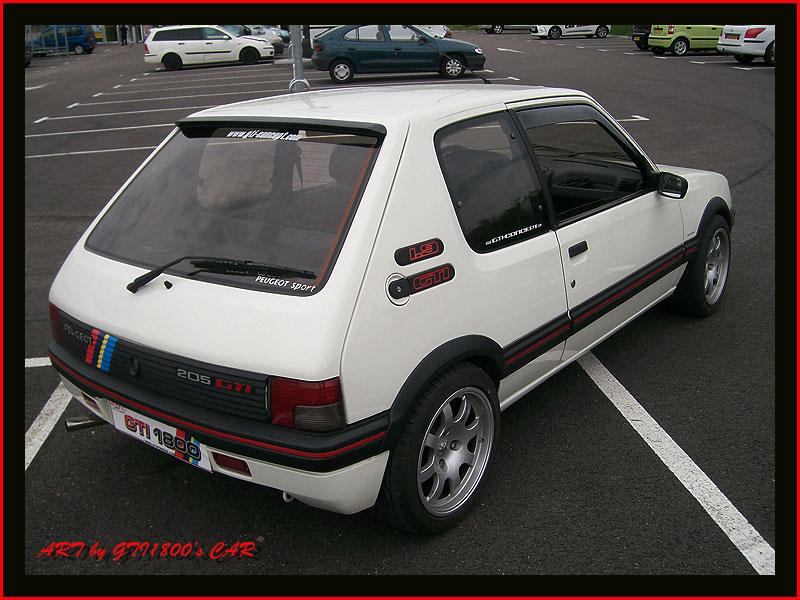 [GTI1800] 205 GTI 1L9 Blanc Meije AM88  - Page 3 100_4019