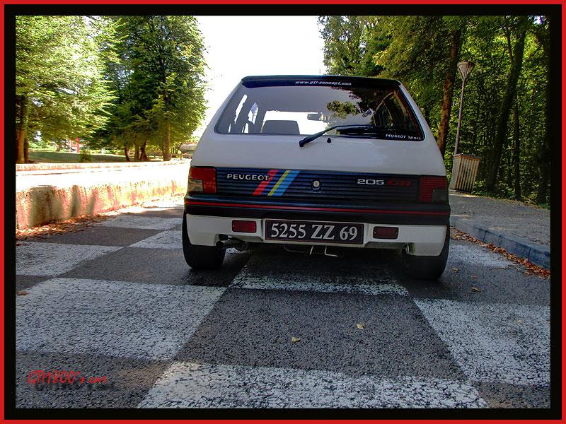 [GTI1800] 205 GTI 1L9 Blanc Meije AM88  - Page 3 70610