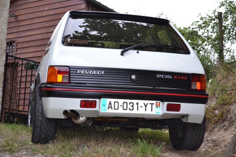 [ducatis4r]  205 GTI 1L6 - 1600 - BLANC MEIJE - 1988 - Page 2 Dsc_0110