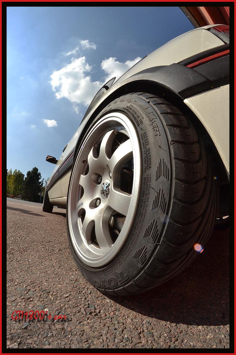 [GTI1800] 205 GTI 1L9 Blanc Meije AM88  - Page 3 Dsc_0119