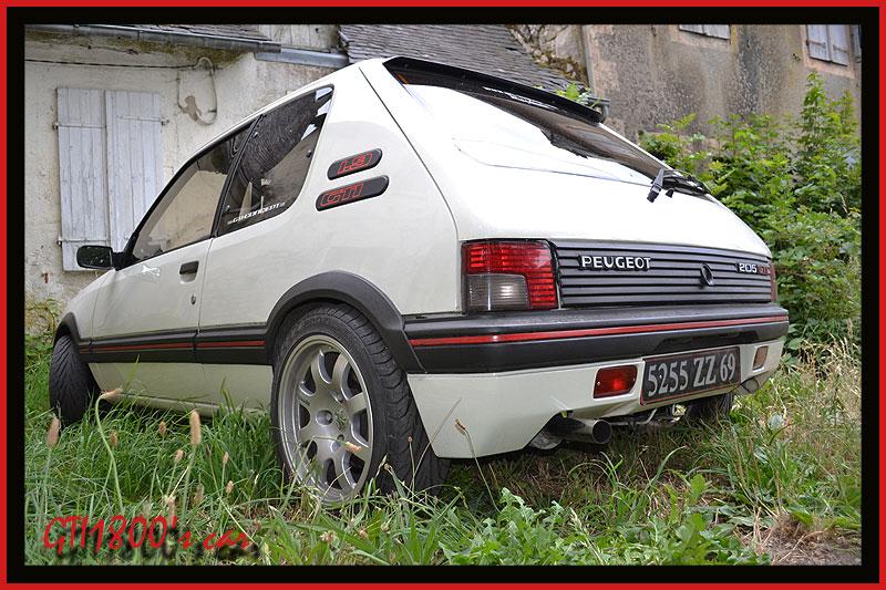 [GTI1800] 205 GTI 1L9 Blanc Meije AM88  - Page 3 Dsc_0120