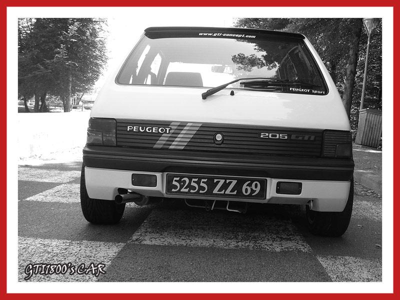 [GTI1800] 205 GTI 1L9 Blanc Meije AM88  - Page 3 Img_0712