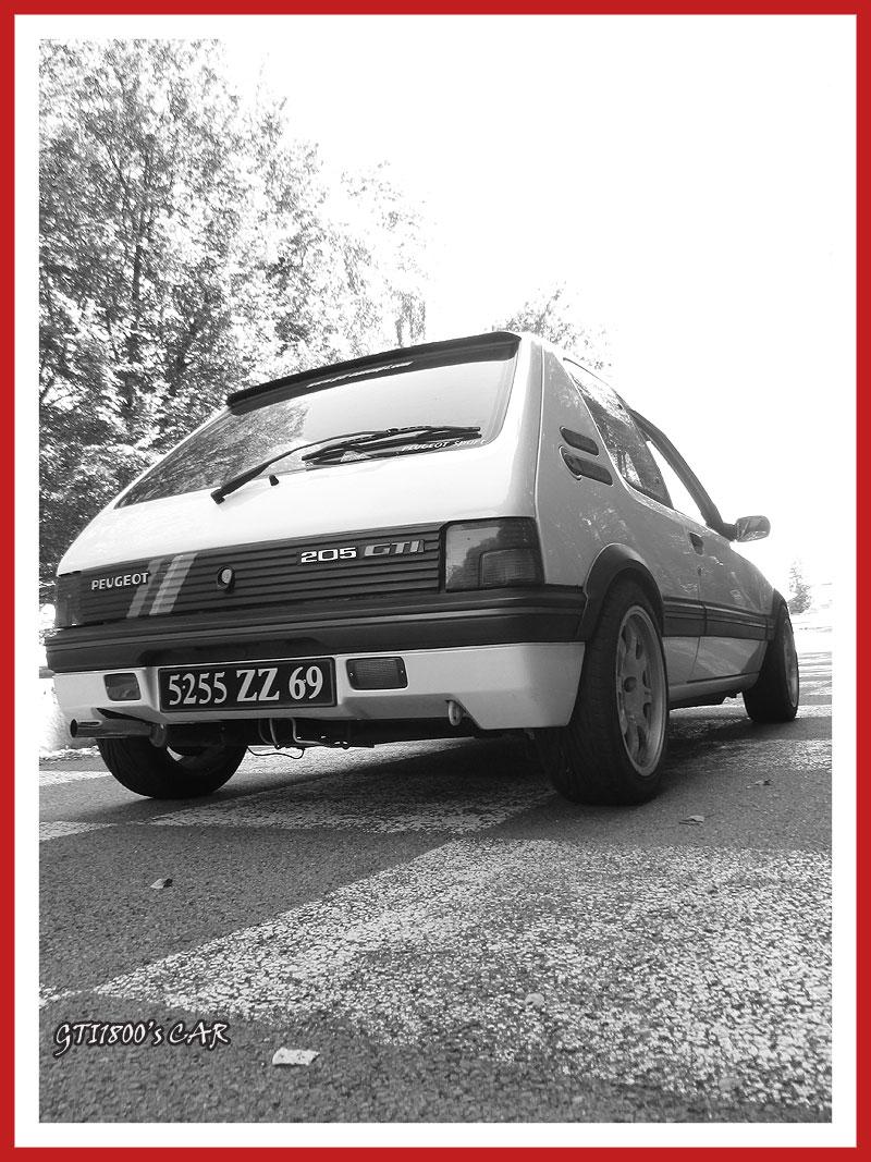 [GTI1800] 205 GTI 1L9 Blanc Meije AM88  - Page 3 Img_0715