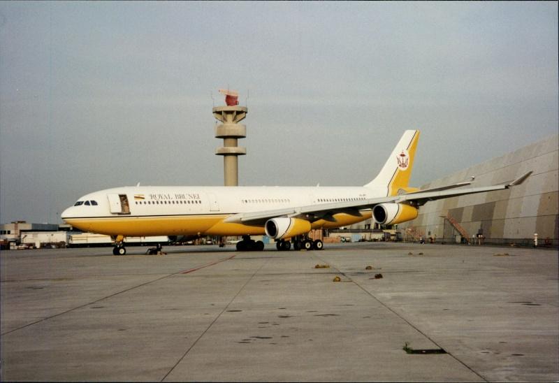 A340 in FRA V8-jp110
