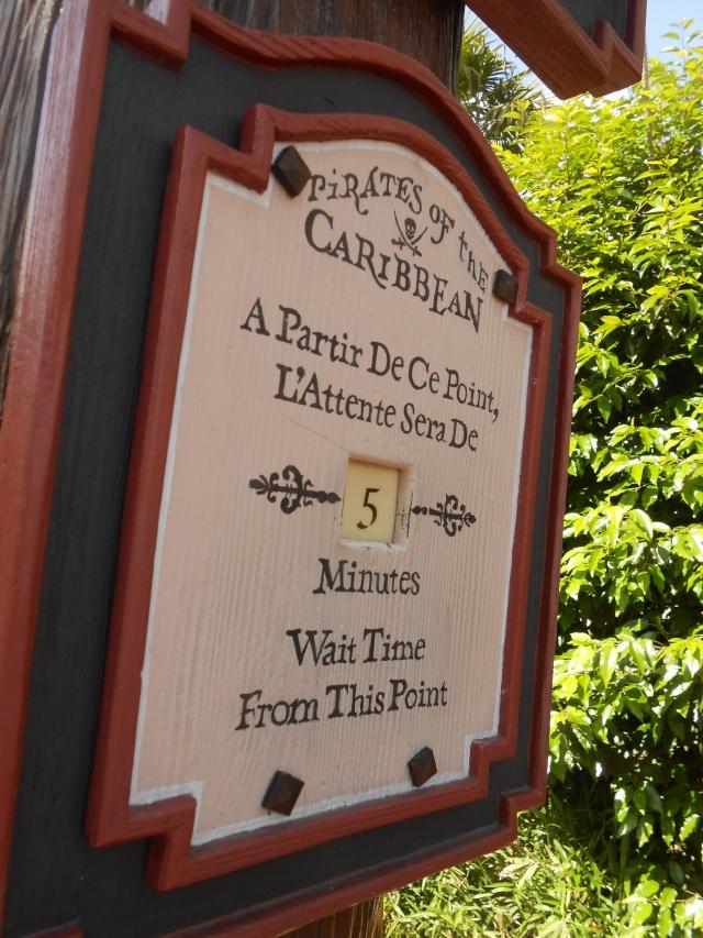 TR séjour inoubliable à Disneyland Paris - Sequoia Lodge (Golden Forest Club) - du 11/06/13 au 14/06/13 [Episode 11 - partie 3 postée le 14/12/13 - TR FINI !!] - Page 31 Dscn2484