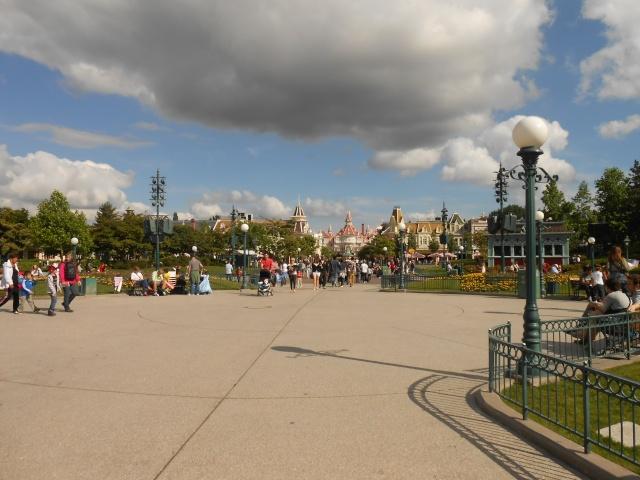 TR séjour inoubliable à Disneyland Paris - Sequoia Lodge (Golden Forest Club) - du 11/06/13 au 14/06/13 [Episode 11 - partie 3 postée le 14/12/13 - TR FINI !!] - Page 31 Dscn2511