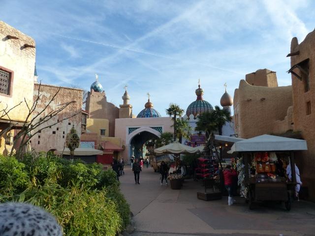 TR séjour magique & topissime à Disneyland Paris - Sequoia Lodge (GFC) - du 17/12/13 au 20/12/13 [Saison 3 Terminée - Épisode 11 – Épisode final !  posté le 25/11/2014 !] - Page 4 P1000454