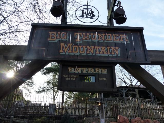 TR séjour magique & topissime à Disneyland Paris - Sequoia Lodge (GFC) - du 17/12/13 au 20/12/13 [Saison 3 Terminée - Épisode 11 – Épisode final !  posté le 25/11/2014 !] - Page 4 P1000458